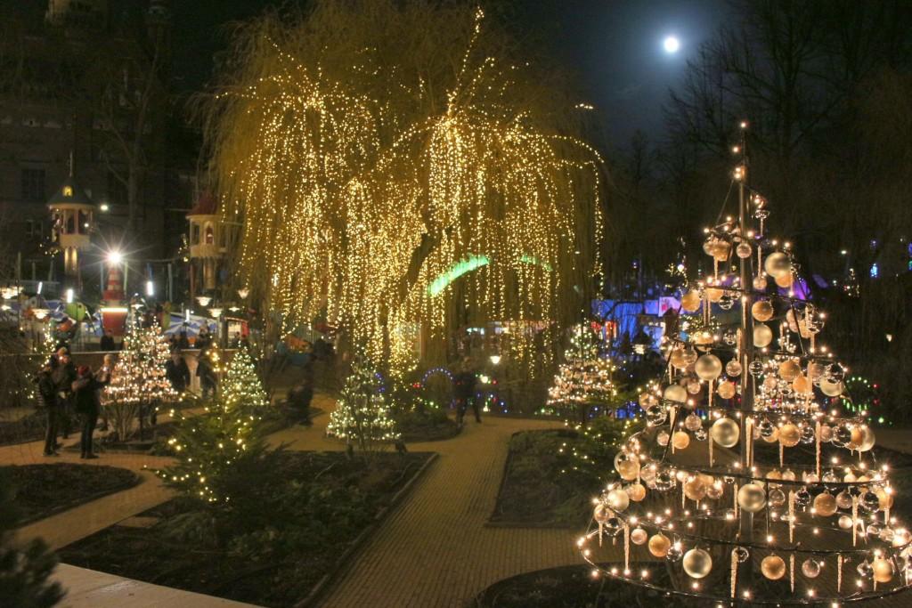 Christmas in Copenhagen Tivoli travellivelearn