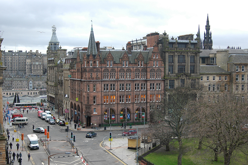 Edinburgh tours and other city essentials