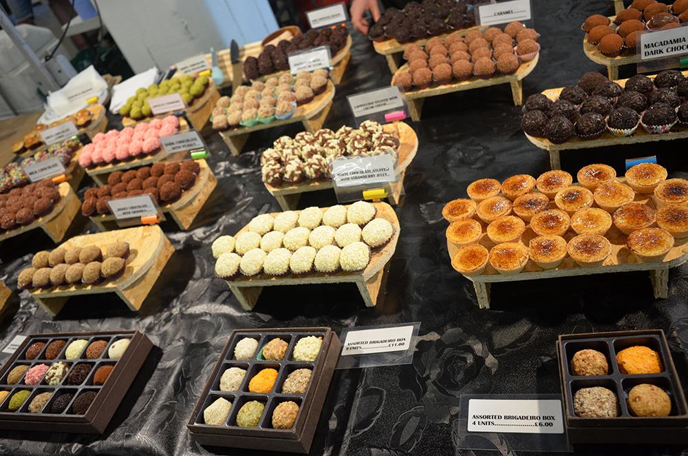 eating in London 10_UK_London_Brick Lane Market_Gwen OToole travellivelearn.com