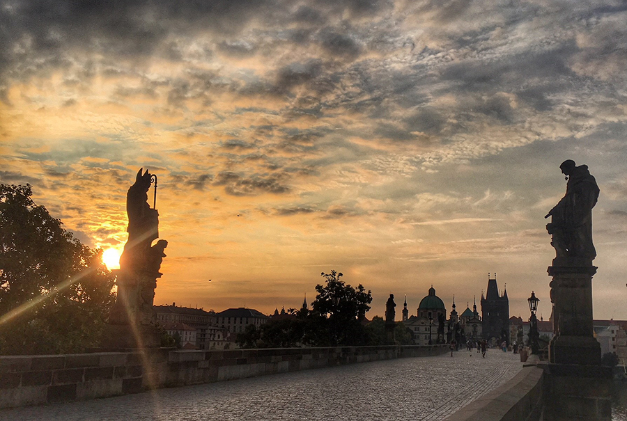 A weekend in Prague for travel bloggers - Sarah Blinco travel live learn Charles Bridge sunrise