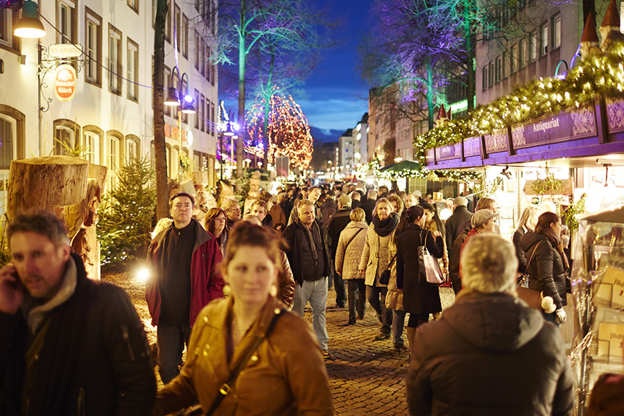 Christmas markets Cologne - wandering the markets