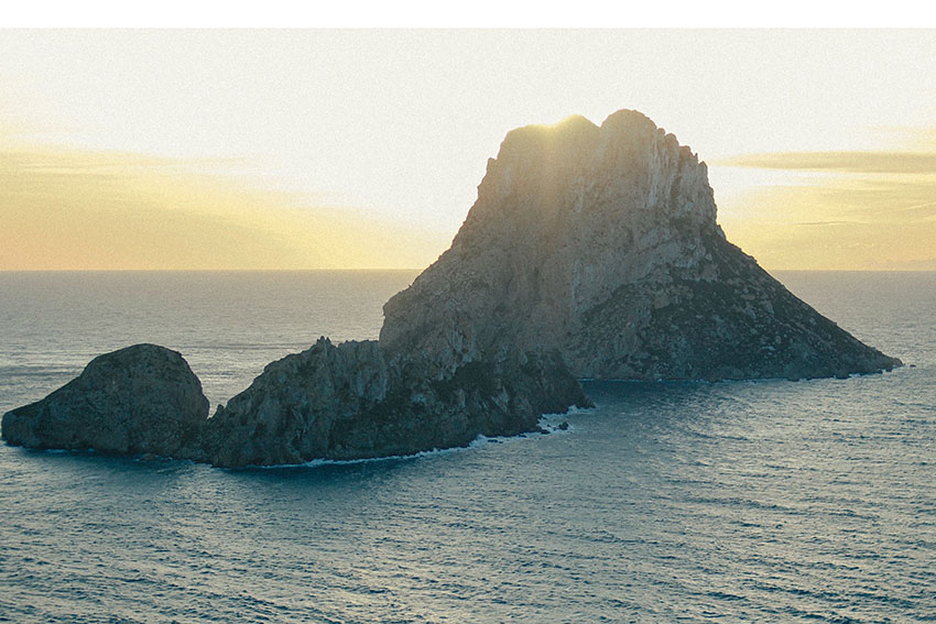 Ibiza sunset and other magical moments of the White Isle - Es Vedra Island