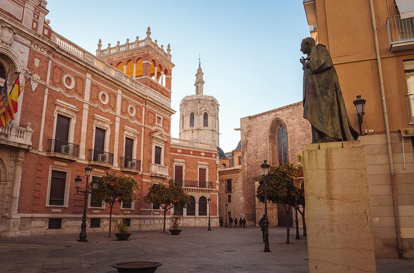 Best Valencia restaurants travel guide